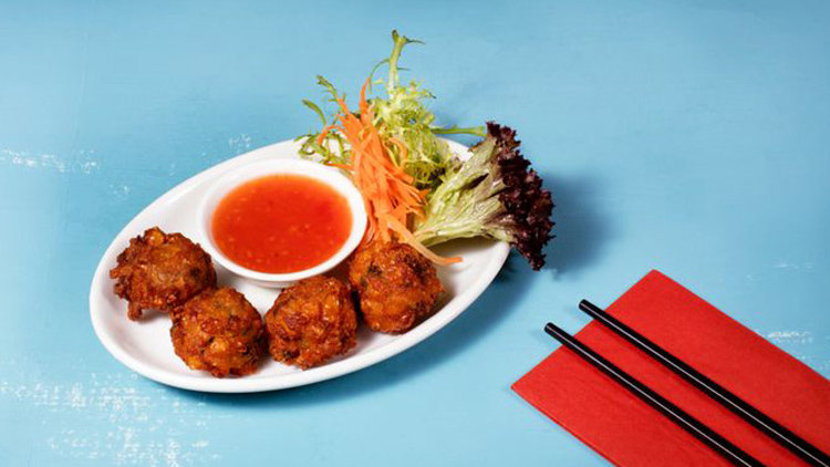 Check out Singapore's Yummiest Fish Cakes