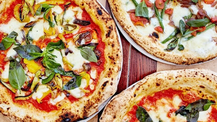 Hungry? Check Out 5 Of Singapore's Pizza Takeaways That Could Feed The Five-Thousand