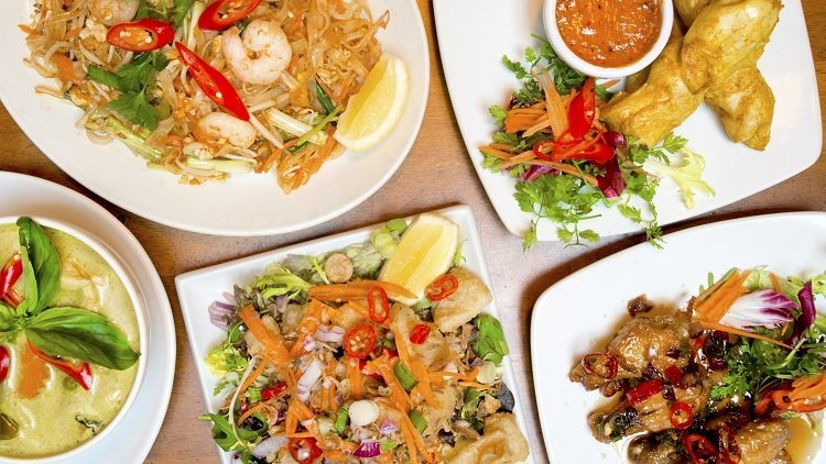 Red, Green and Massaman - Singapore's Favourite Thai Curries