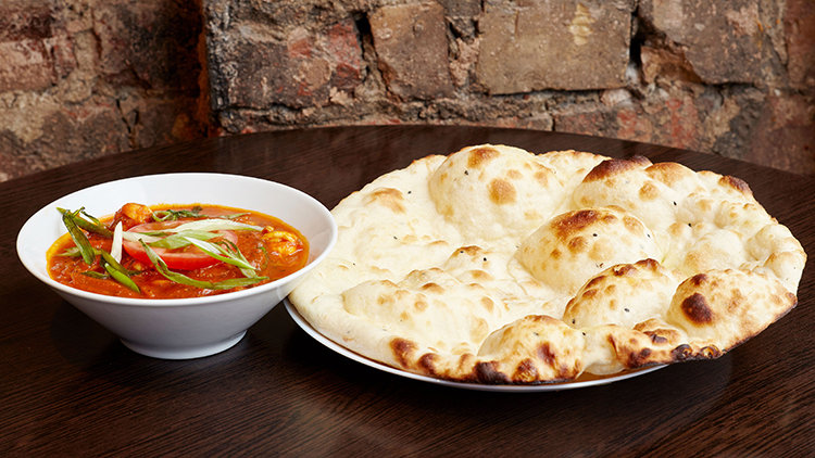 Naan or Rice? Top 4 Sides for your Indian Curry in Singapore