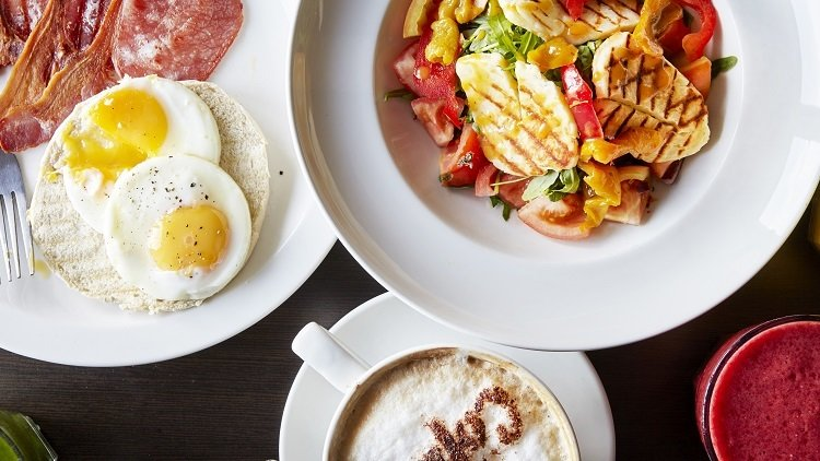 Savour the Flavour of a Traditional Singaporean Breakfast